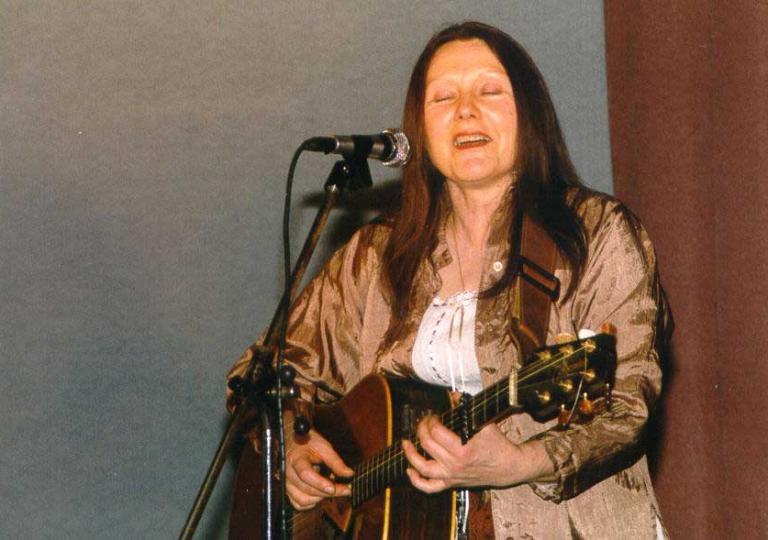 1999_03_06_03_Brigitte Schall (Les Chatelet)