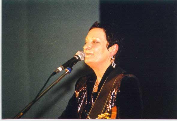 2002 11 30 - Anne Vanderlove